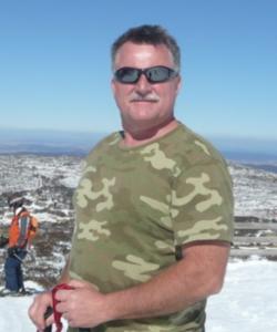 Dr Michael Looyschelder Penrith dentist