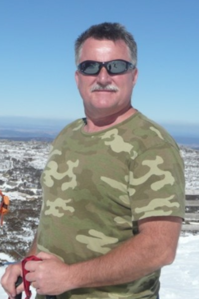 Dr Michael Looyschelder 5